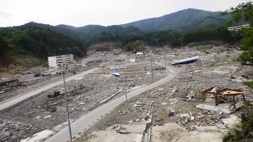 東日本大震災里見写真2