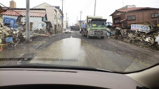 東日本大震災里見写真3